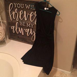 GAP maternity/nursing dress black